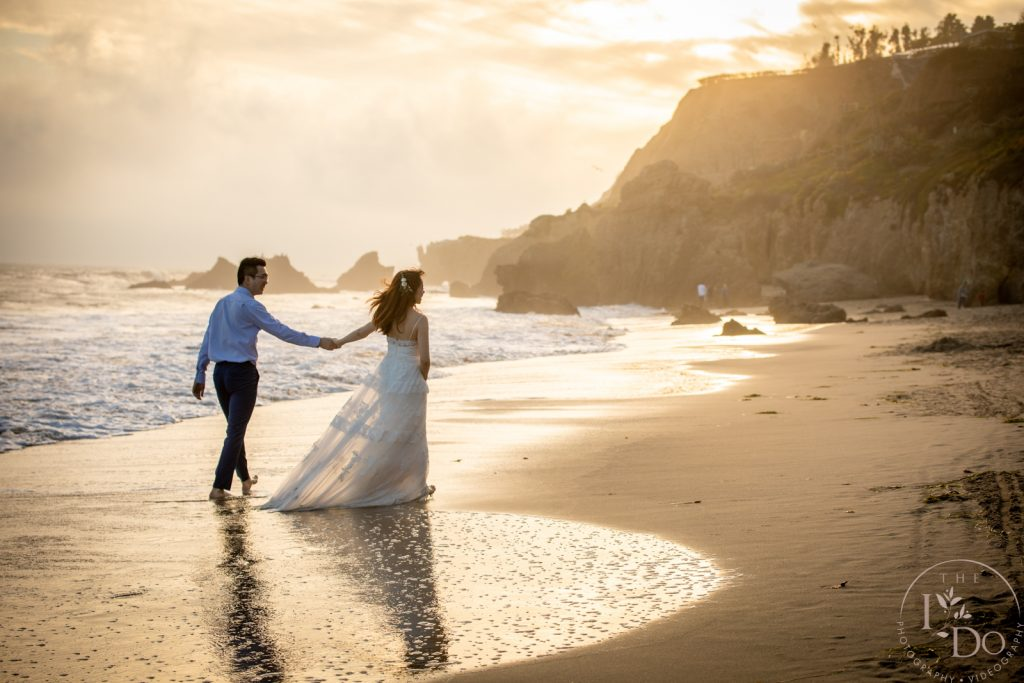 Should I cancel my wedding due to coronavirus? – 5 Things to consider